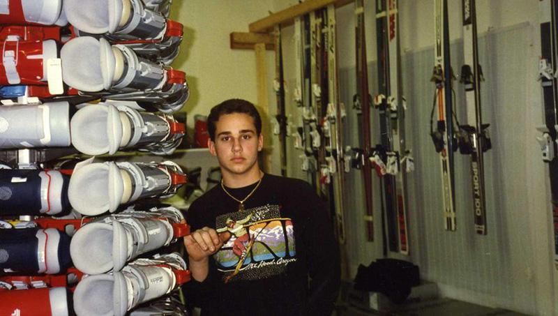 Майкл Рубин в своём лыжном магазине