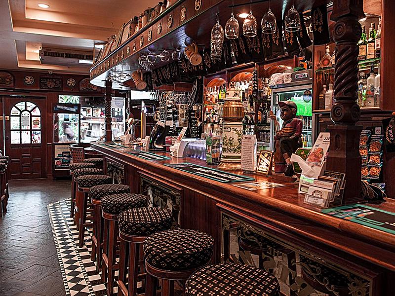 Сколько стоит открыть бар с нуля